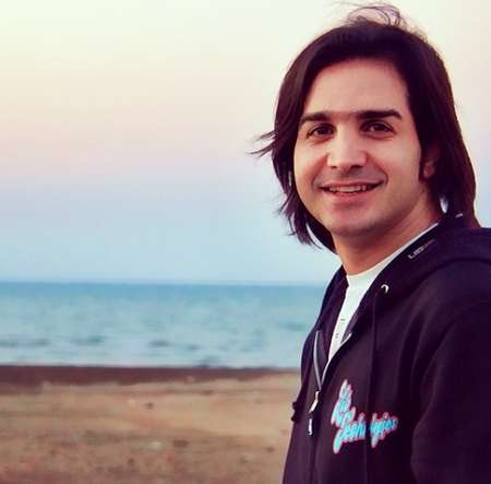 ثب دانلود آهنگ محسن یگانه فداکاری