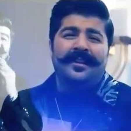 Behnam Bani Del Karesh Ine Musico.ir  دانلود آهنگ دل کارش اینه که بگرده دور تو هربار بهنام بانی