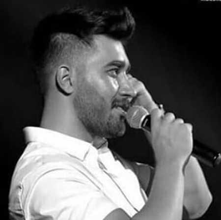 دانلود آهنگ من دلم میریزه وقتی موهای منو نوازش میکنی علی یاسینی